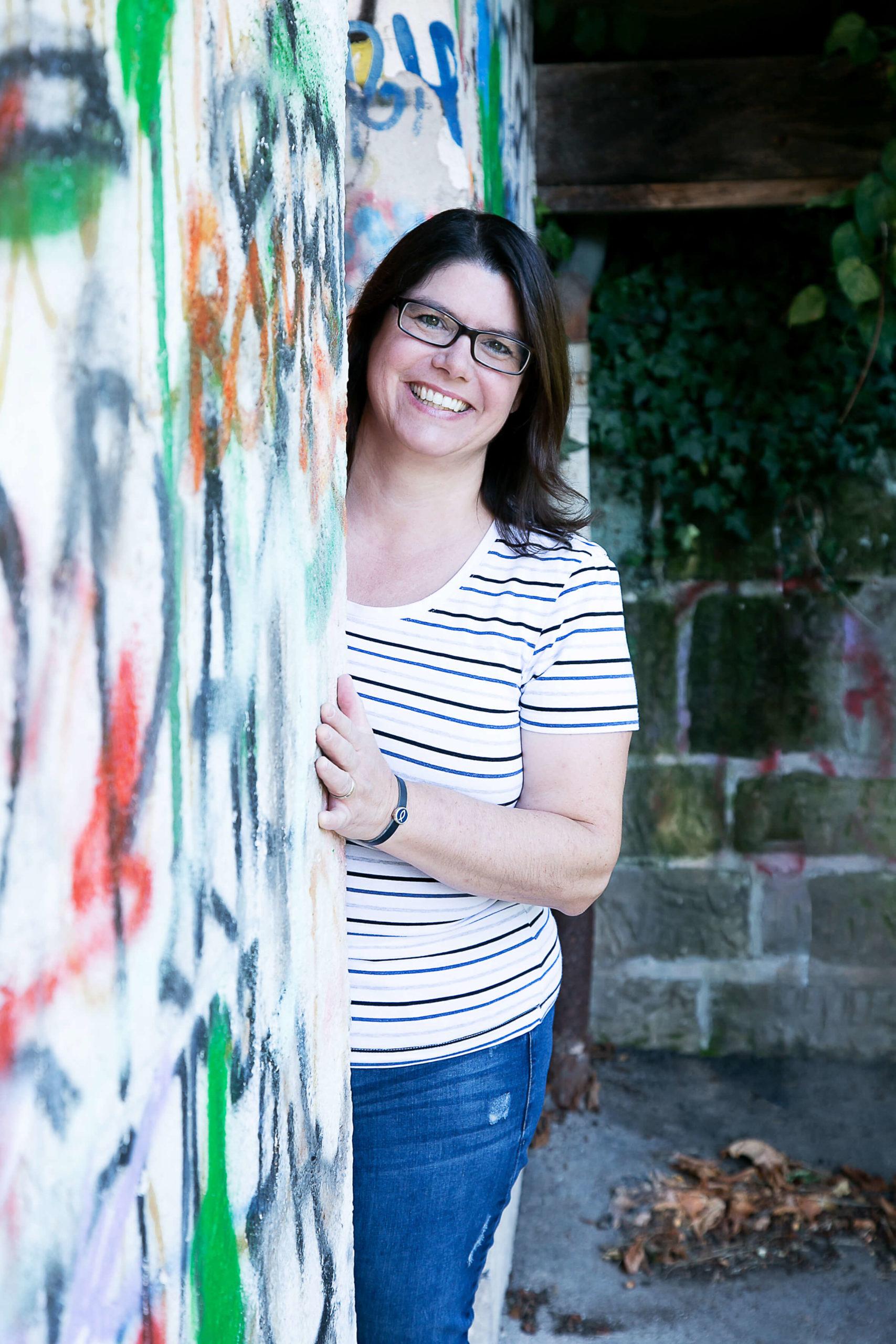 Natürliche Portraitfotografie, Graffiti-Wand