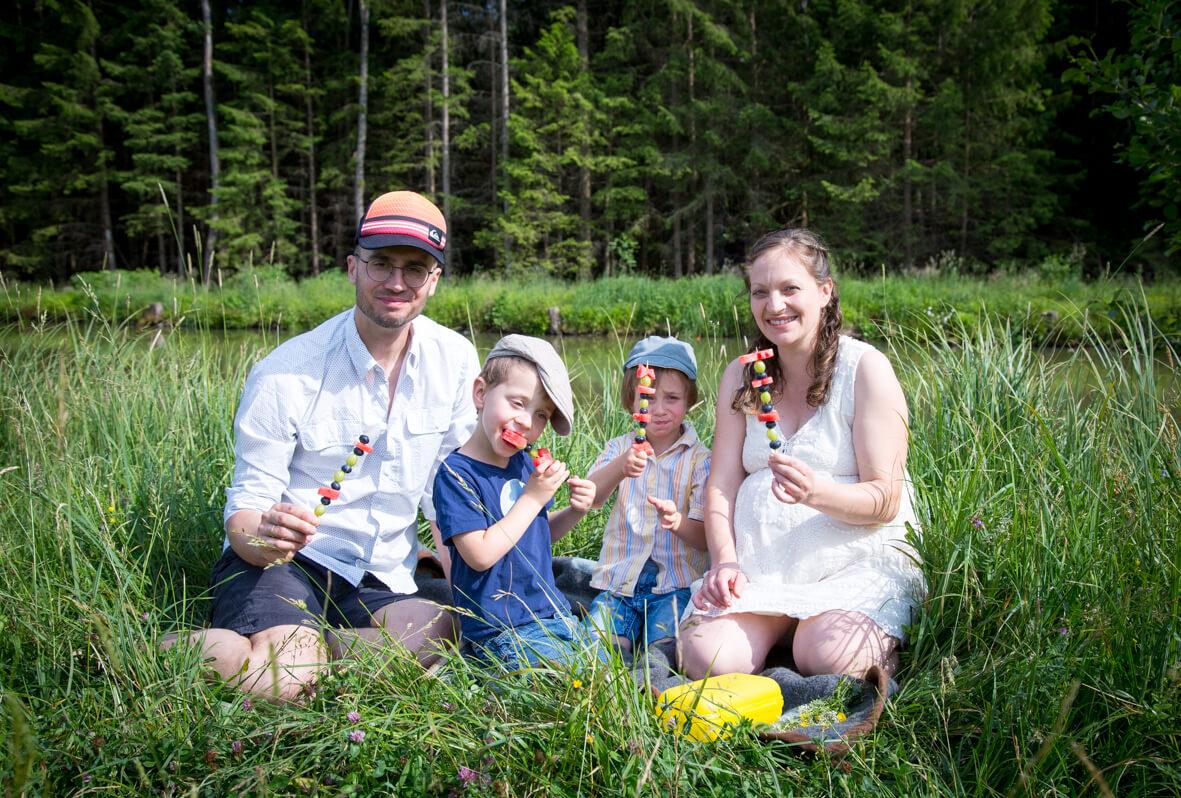 Familie beim Picknick; Familienfotografie